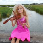 violin-barbie